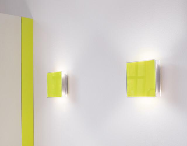 19_App_W_fluorescent_green_RGB_116_72dpi_IK